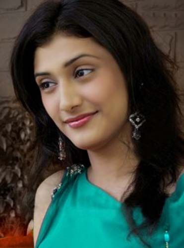 Ragini Khanna Latest Stills