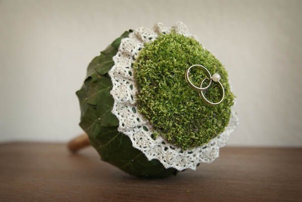 DIY: ring pillow with lots of elements from nature / scepter