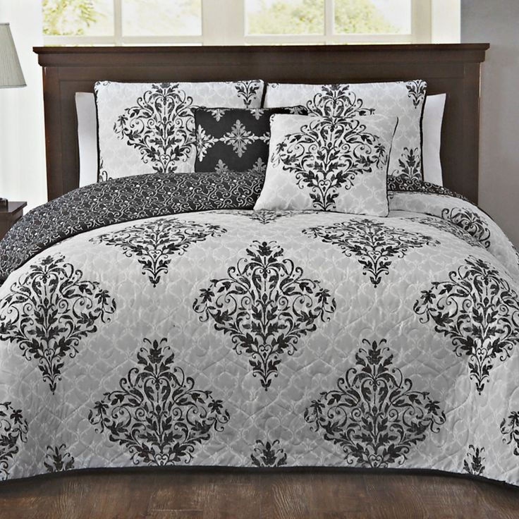 5 Piece Mari Damask Bedding Set, Black, Queen in color .