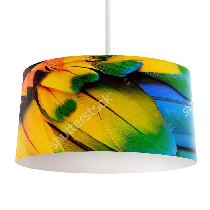 Lampenkap Papegaaiveren | Bestel lampenkappen voorzien van digitale print op hoogwaardige kunststof vandaag nog bij YouPri. Verkrijgbaar in verschillende maten en geschikt voor diverse ruimtes. Te bestellen met een eigen afbeelding of een print uit onze collectie.  #lampenkap #lampenkappen #lamp #interieur #interieurdesign #woonruimte #slaapkamer #maken #pimpen #diy #modern #bekleden #design #foto #papegaai #veren #papegaaienveren #kleuren #regenboog #dier #vogel