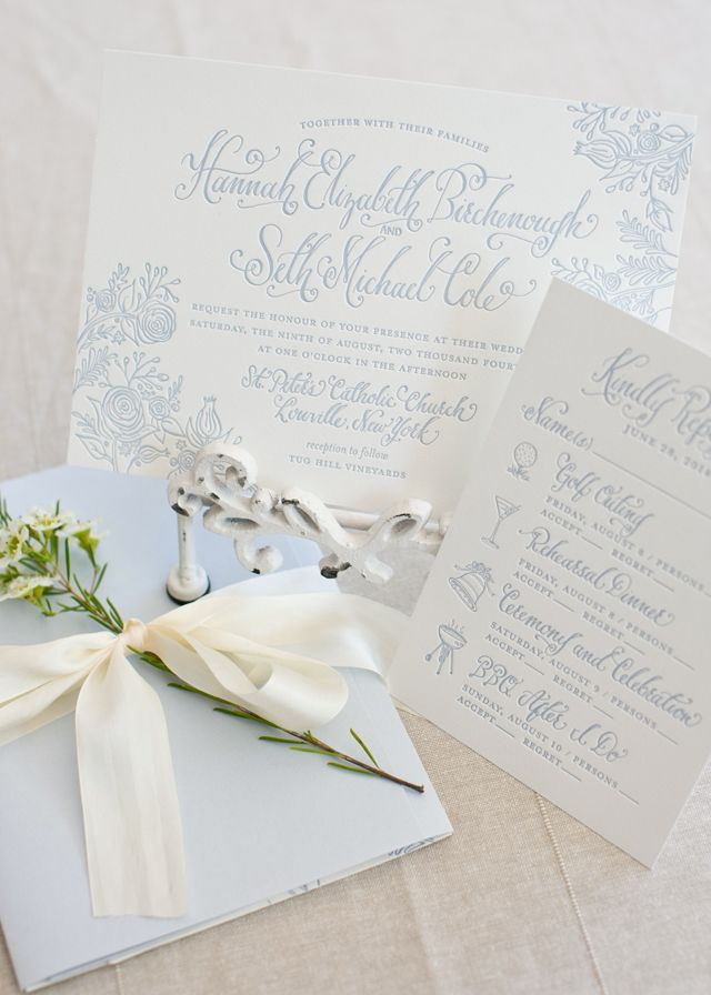 Illustrated Summer Wedding Invitations with Southern Charm: http://ohsobeautifulpaper.com/2015/04/calligraphy-illustrated-summer-wedding-invitations/ | Design: Kara Anne Paper | Photo: Colorbox Photographers