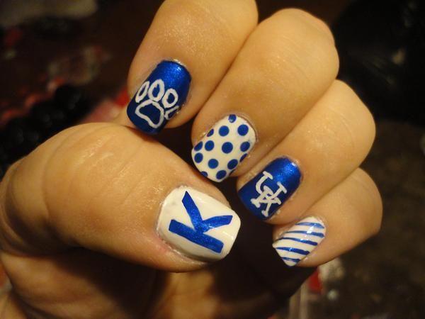 GO WILDCATS!  University of Kentucky Nail Art