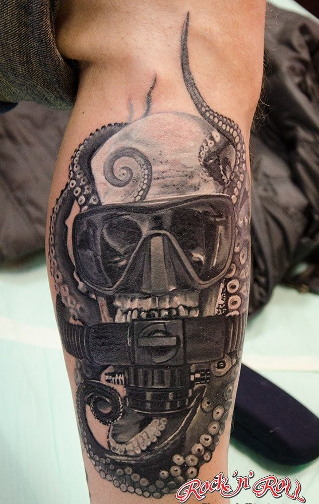 Diving Helmet And Octopus Tattoos On Leg - Tattoo Ideas