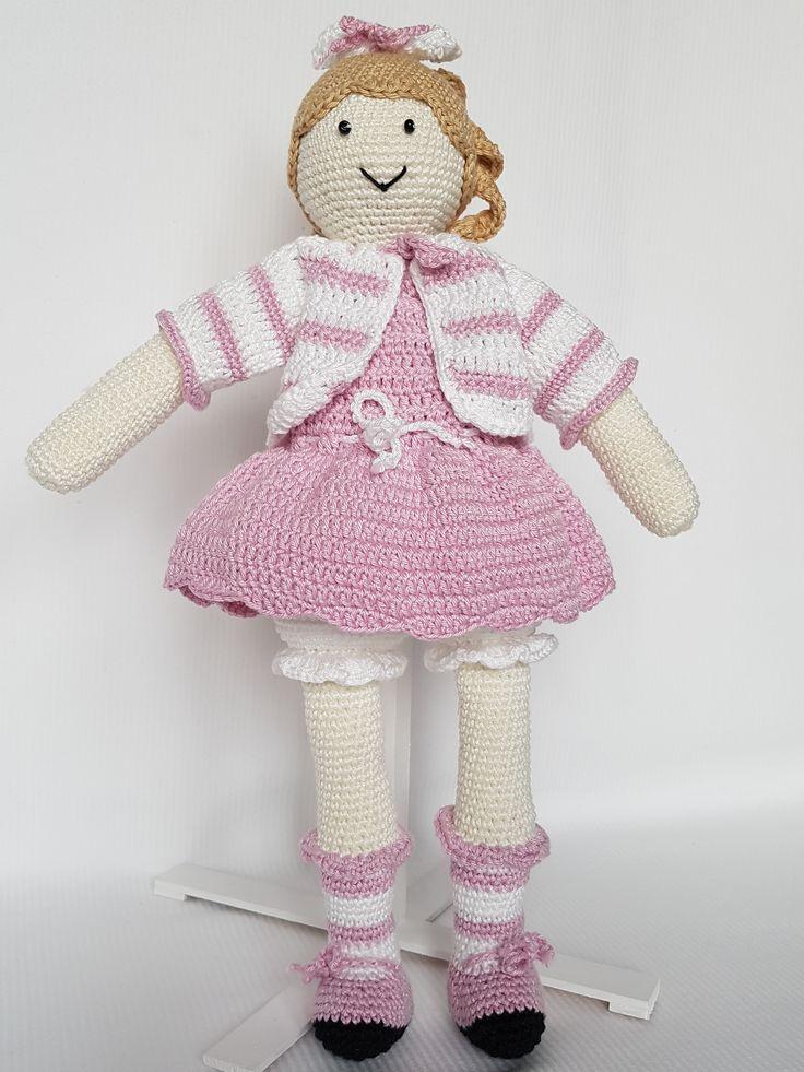 Crochet doll Antolka. Lalka zrobiona na szydełku Antolka. hand made dolls cotton crochet toy gift girl lalki szydełko zabawka ręczna praca ręczne robótki bawełna