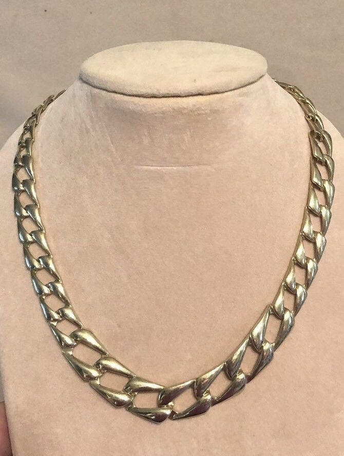 99 AUCTIONS Vintage 80s Graduating Gold Link Necklace