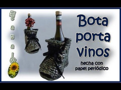 Bota porta vinos hecha de papel periódico - Boot wine holder made of new...