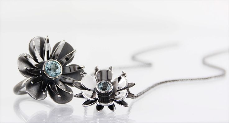 BLACK BEAUTY* handmade jewels in oxidized silver, faceted topaz