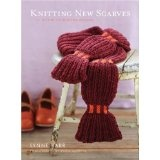 Knitting New Scarves: 27 Distinctly Modern Designs (Paperback)By Lynne Barr