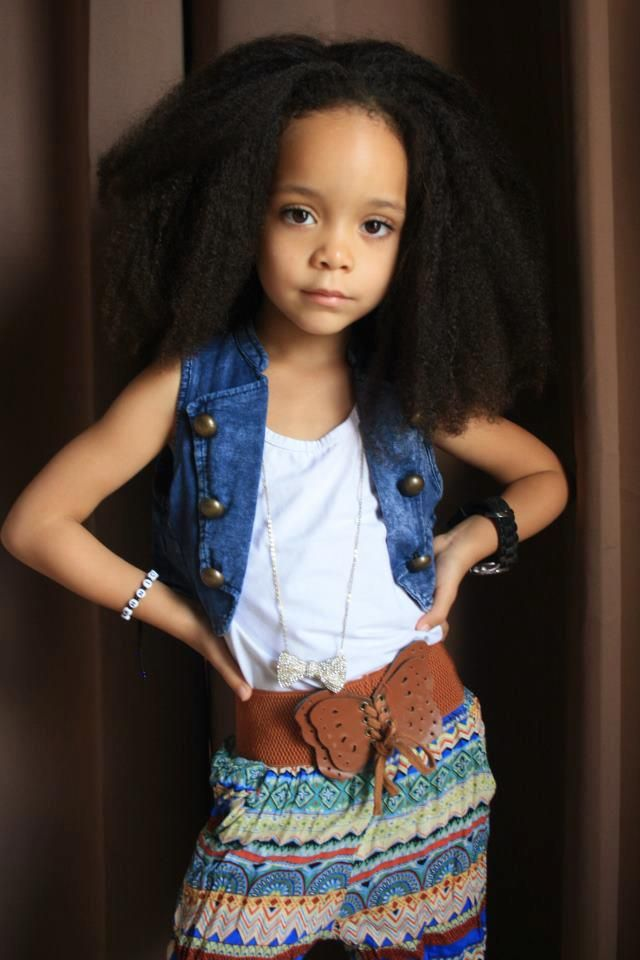 She is killing that hair & outfit!!! That was so me when I was little  go mixed chicks :)
