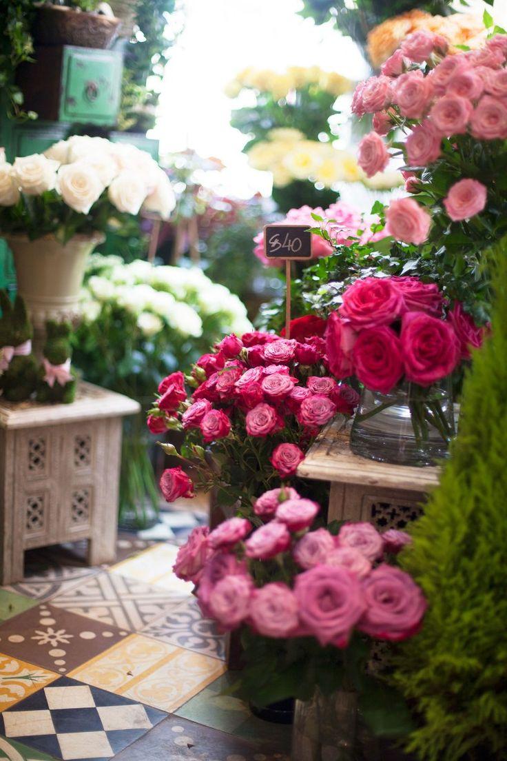 Covent garden flower market interior small 2 - Roses In Flower Shop La La La Bonne Vie Have A Nice Day Wed July 2015