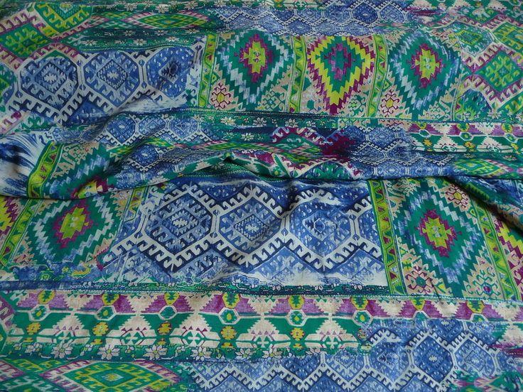 Viskose, Grafisches Muster, Grün, Ethno Style, Meterware, Stoff, Stoffe