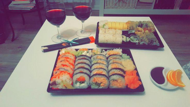 Sushi, food