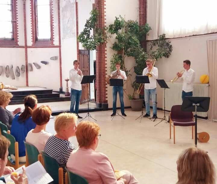Kingfish Brass speelde tijdens 'Continuous Brass 10 jaar!' een mooie set in de Barthkapel in Den Haag.