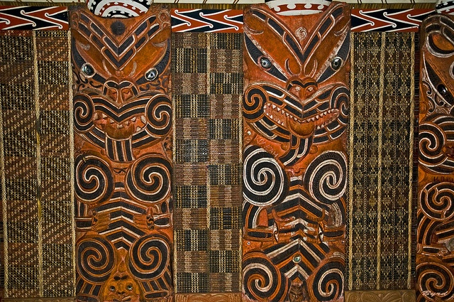 """Auckland Museum - Maori section - within the model """"wharenui """" or meeting house by Byrd on a Wire, via Flickr"""
