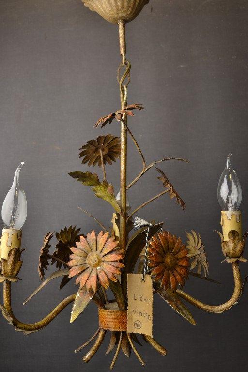 Tole bloem kroonluchter met madeliefjes 1406287 door LievreVintage