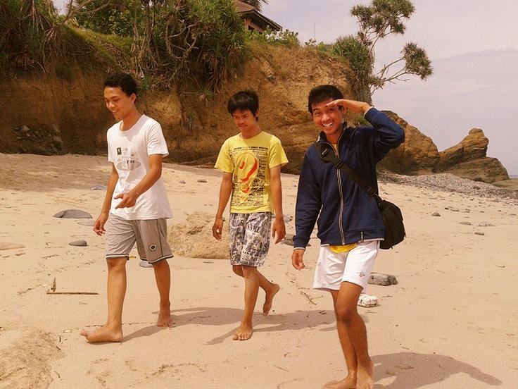 danidsa n hanis (my brothers)