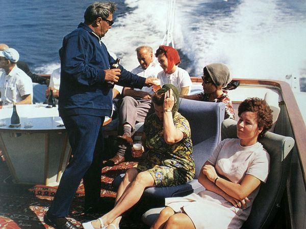 Vladimir Musaelyan. Leonid Brezhnev on vacation in Crimea, 1973. [::SemAp FB || SemAp G+::]