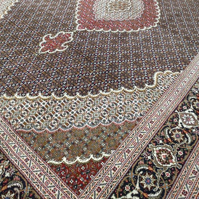 Classic Mahi Tabriz Persian rug. Wool & silk inlay.  #persianrug #iloverugs #tabriz #classic #classicdesign #sydneylocal #persiandesign #ruglife