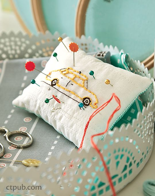 Make: Pincushions: 12 Darling Projects to Sew