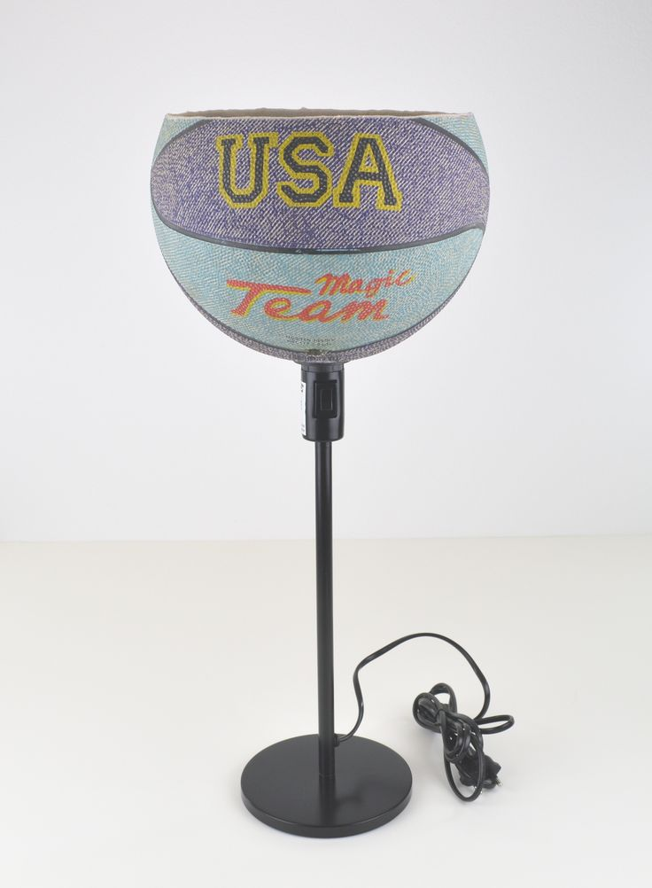 Upcycling Basketball Tischlampe