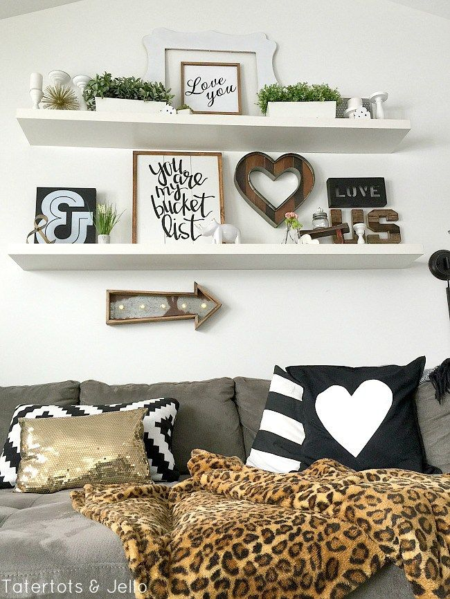 6 ways to accessorize a gallery wall love you i love and galleries - Ways of accessorizing love seats ...