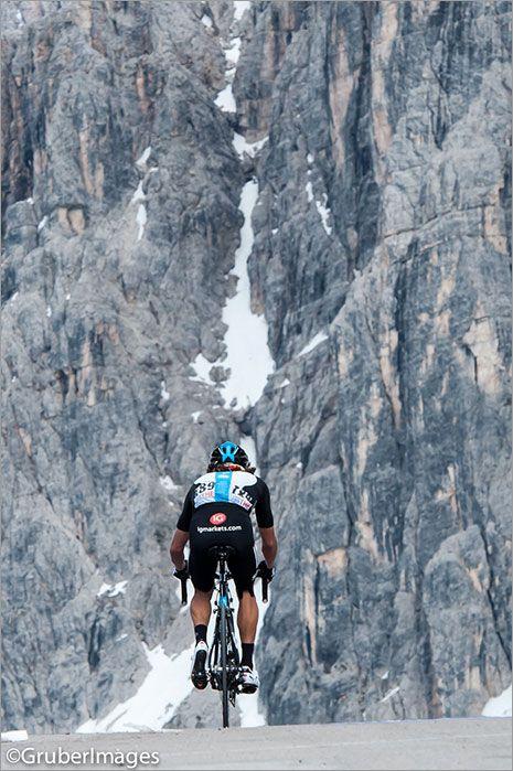 #Giro Stage 17 - Rigoberto Uran was right behind.