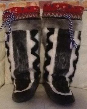 Inuit made women's sealskin kamiks by  Igah Ishulutak
