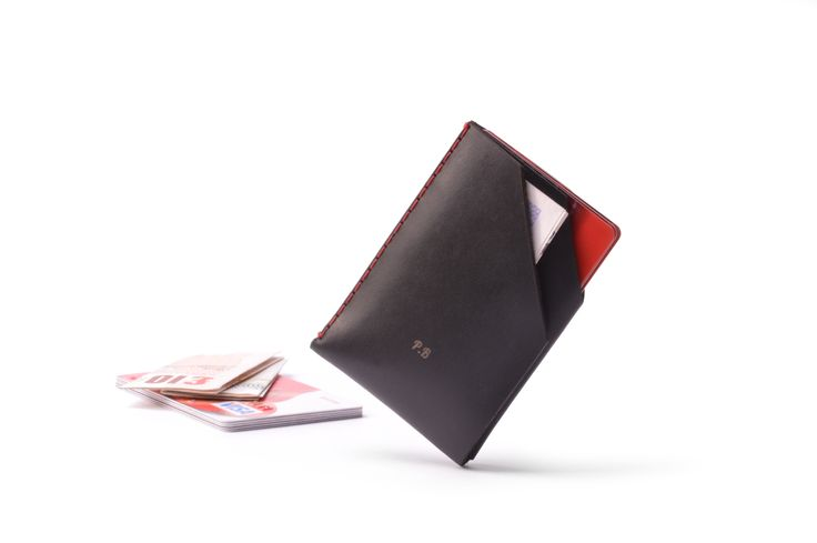 Custom charcoal card holder with red thread. #leather #Wallet #MensFashion #fashion #Style #Handmade #Custom #London