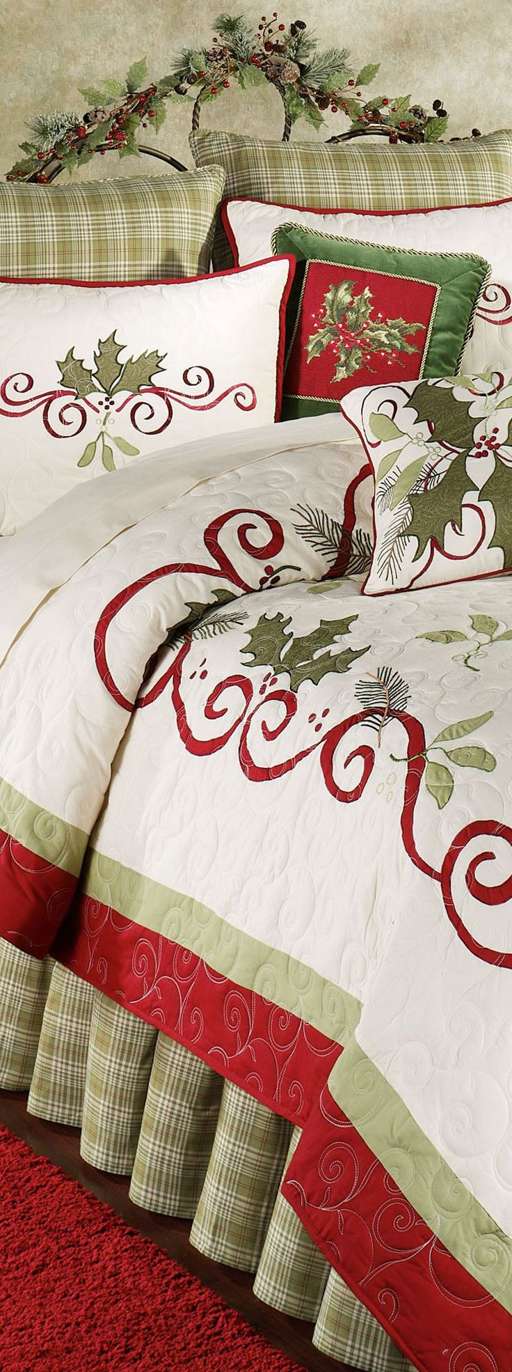 25 Unique Christmas Bedding Ideas On Pinterest
