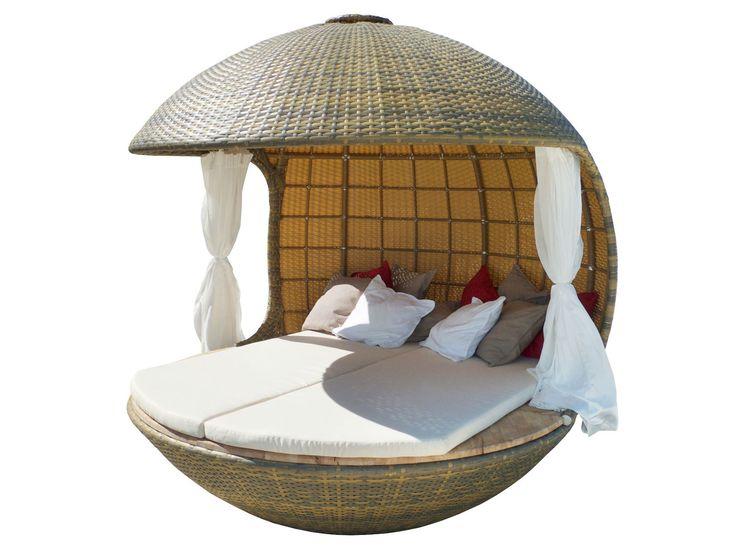 Elegant Spherical Shelter Providing Ultimate Relaxation: Cocoon Beach