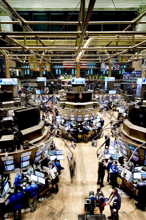 An high angle view of the New York Stock Exchange's trading floor.