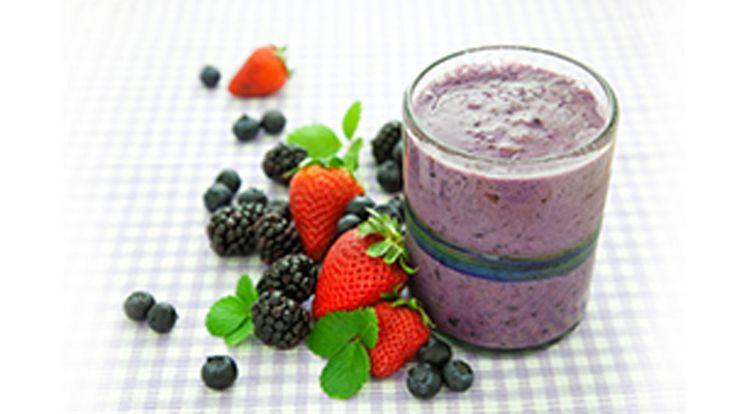 Berry & seed smoothie