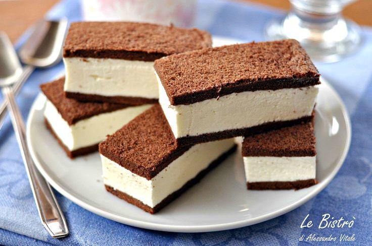 Le Fette di cacao al latte sono dei gustosissimi dolcetti ideali per la merenda. Davvero semplici da preparare e golosissime.