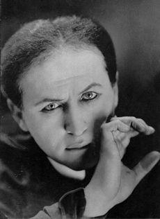 Ci governa il mago Houdini
