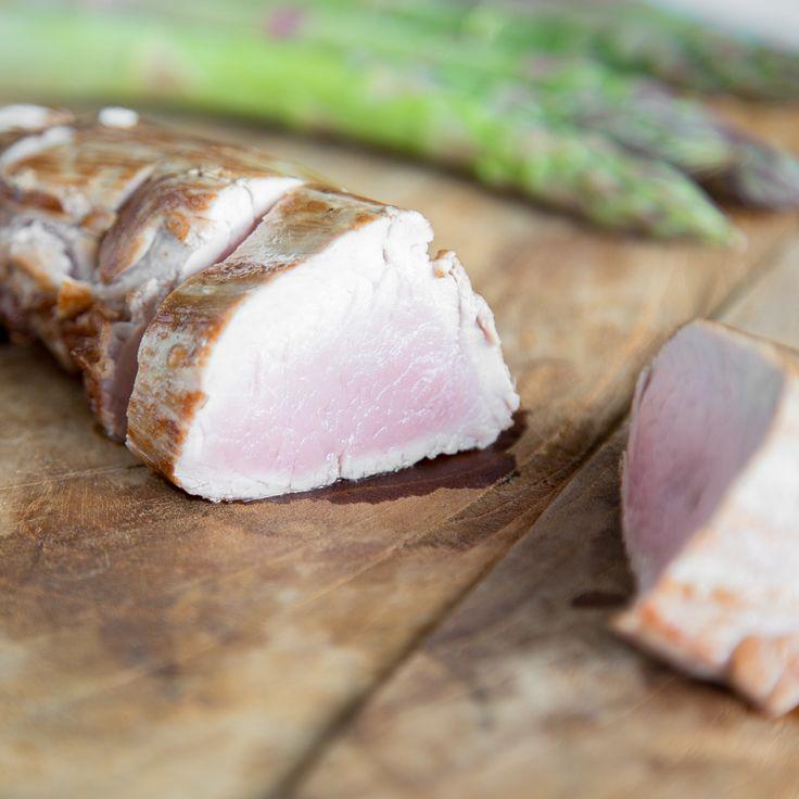 Saftiges Schweinefilet mit Dijon-Senfkruste