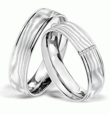 <b>Palladiumringe, in 950 <br> Damenring mit 5 Diamanten, 0,025 kt, Farbe: tw, Reinheit: vsi,<br> Ringbreite: 5,6 mm,<br> Stärke: 1,8 mm,<br> Oberfläche: matt/außergewöhnliches Design,<br> Mokume Gane Einlage - jeder Ring ist einzigartig <br>