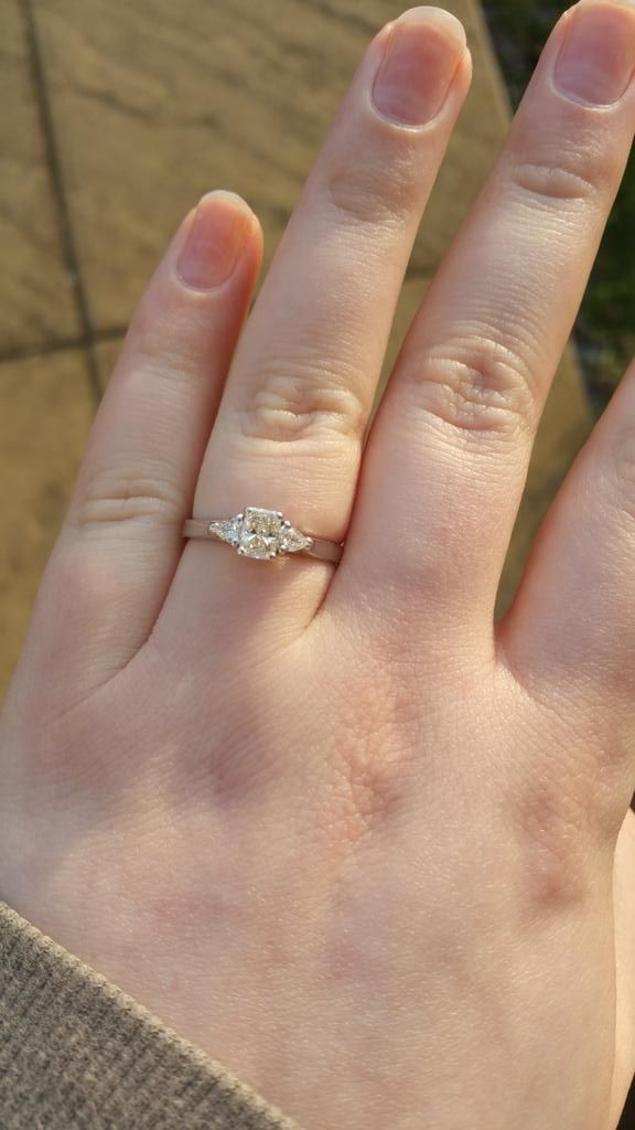 Thanks @77Diamonds for resizing my beautiful ring, it looks so lovely in the winter sunshine!