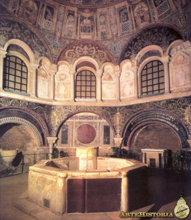 Baptisterio de los Ortodoxos (Rávena) s.V. Planta octogonal con paredes reforzadas por arcos que descansan sobre columnas y cúpula con mosaicos. Posterior a este es el de los Arrianos también en Rávena.