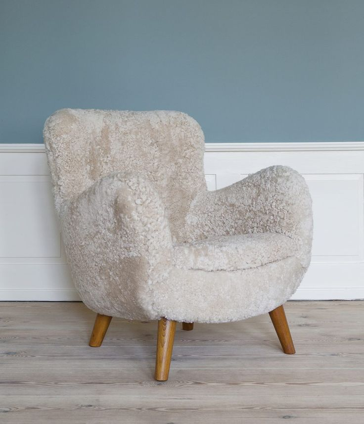 Lounge Chair - http://theapartment.dk/products/lounge-chair-7/