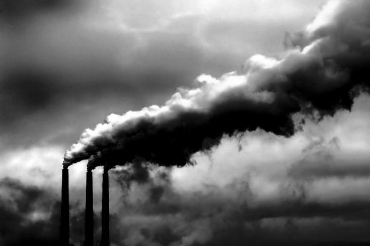 L'agonia della Terra e l'accumulazione capitalistica____ ...Nei consessi di economisti non sembra esserci alcuna tendenza a domandarsi se i gravi problemi economici, sociali e ambientali che vengono discussi quotidianamente sui giornali possano essere il risultato di decenni di crescita capitalistica...  http://ki.noblogs.org/lagonia-della-terra-e-laccumulazione-capitalistica/
