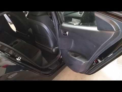 (465) 2017 Hyundai Veloster - Quick Interior Tour - Rear Seats, Leg Room, Door Panel, Speakers - YouTube