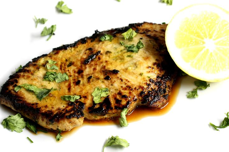 Citrus-Crusted Yellowfin Tuna with Garlic, Ginger and Lime