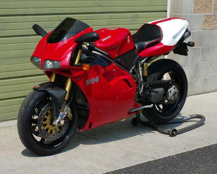 Ducati 996 SPS - Front Left