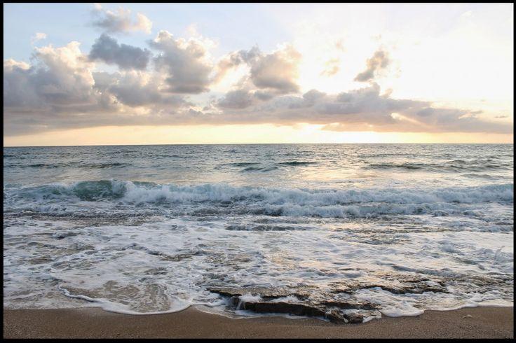 Crashing waves sunset wallpaper