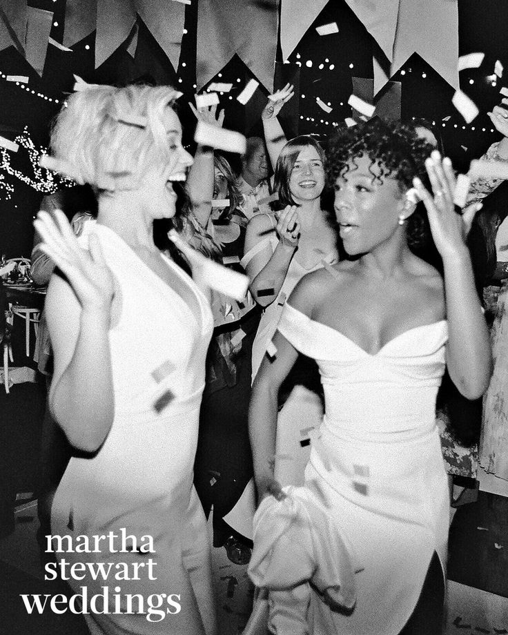 Samira Wiley & Lauren Morelli's Wedding Almost Caused A Confetti Shortage+#refinery29