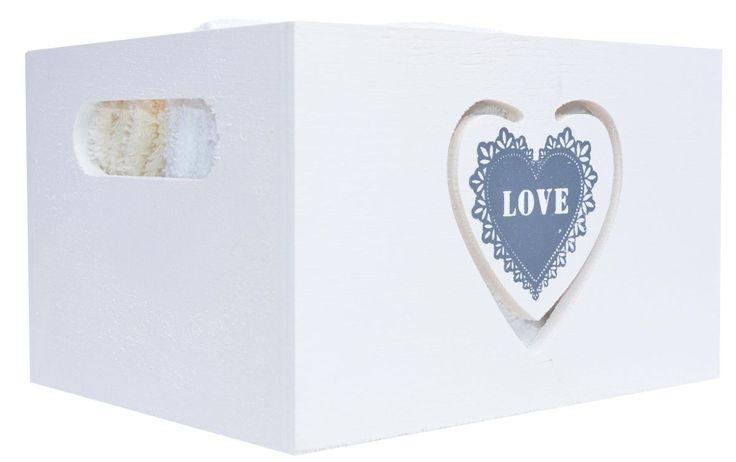 Komplet 6 małych ręczników w kolorze biało-beżowym w białym drewnianym pudełku. Piękny dodatek i akcesorium do łazienki. Ręczniki o wymiarze 30x30. Ręczniki to dokonała koncepcja aranżacyjna na udekorowanie łazienki.  WYMIAR PUDEŁKA: 16x13x10cm  Ciekawy pomysł na prezent dla każdego.
