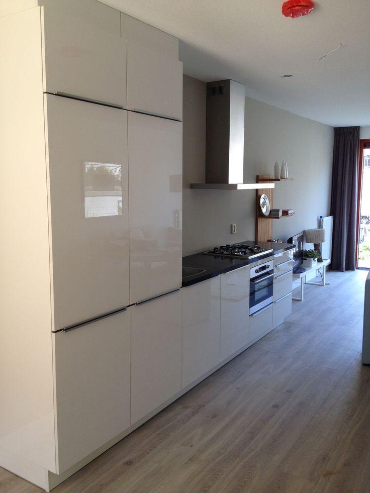25 beste idee n over witte hoogglans keuken alleen op pinterest - Keuken witte laquee ...