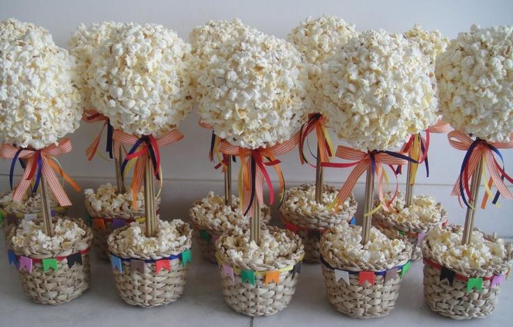 Pipocas decorando as festas juninas!