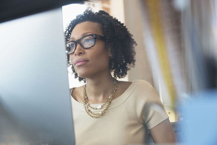 How to write a good LinkedIn summary, what to include in your profile summary, what hiring managers look for, and examples of great LinkedIn summaries.