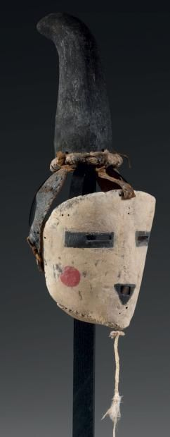 Masque de Kachina, ONE HORNED MAIDEN Kachina, HOPI, Arizona, USA Circa: 1890-1900